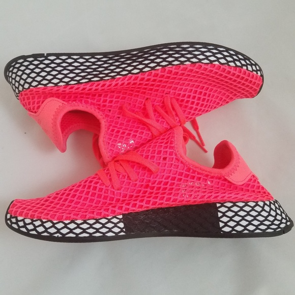 5017daf20080a Adidas turbo pink deerupt NEW w o box